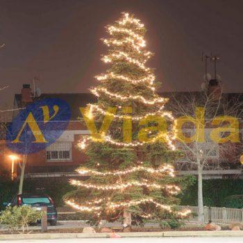 Árbol de Navidad en espacios públicos